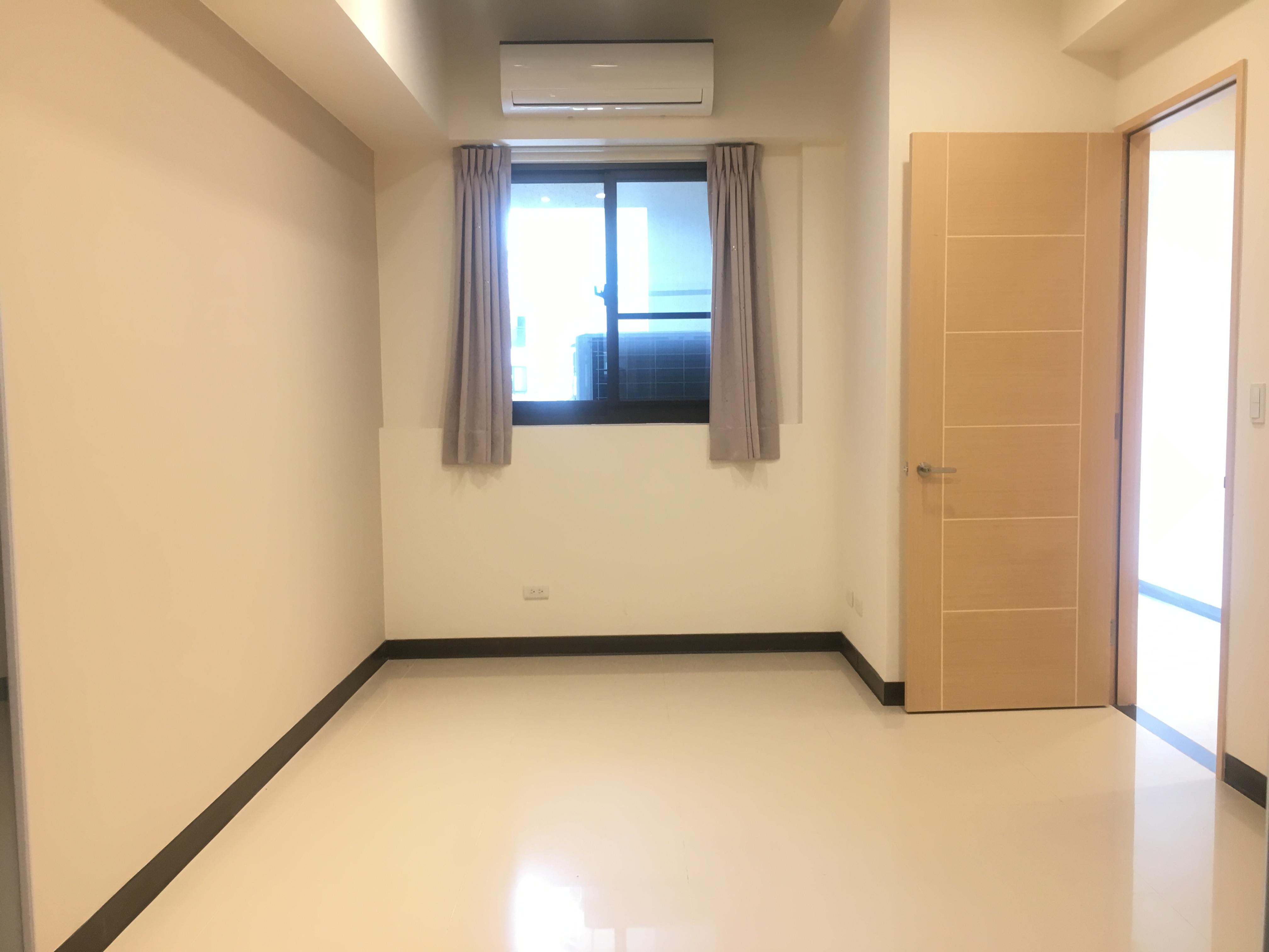 圓頂三房+車位,新北市新店區中興路二段