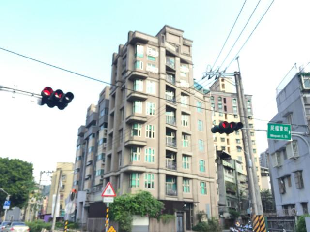 輕川學,新北市新店區寶元路一段